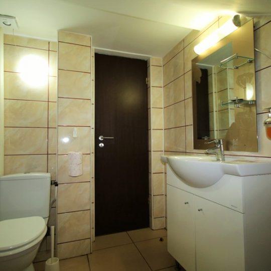 https://pensiuneadanubia.ro/wp-content/uploads/2016/02/Cazare-in-Apartament-Pensiunea-Verde-Pensiunea-Danubia-Eselnita-Cazanele-Dunarii-Mehedinti-6-540x540.jpg